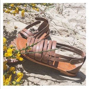 Shoes - J Shoes Dunes Leather Sandal in Camel